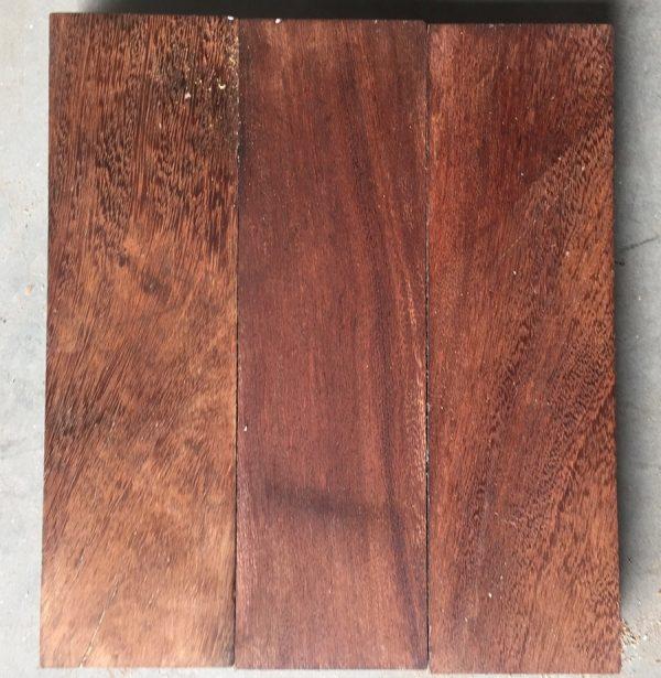 Reclaimed mahogany parquet (lightly sanded)