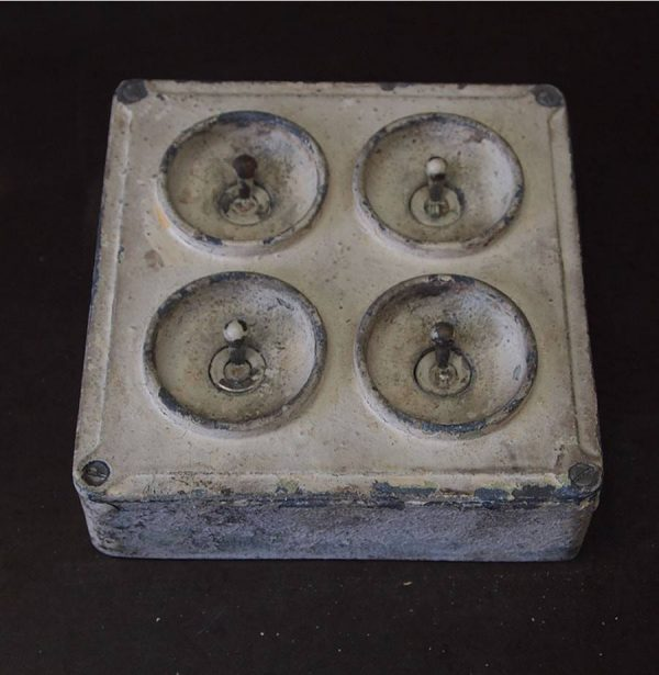 vintage_factory_lightswitch4