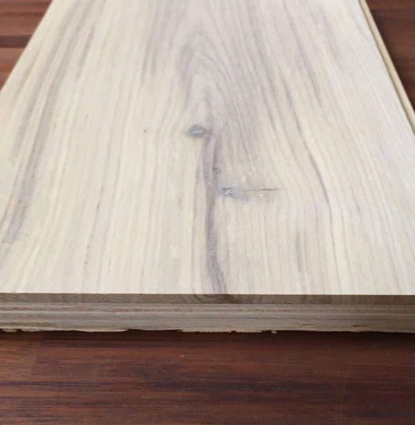 15/4 white oiled rustic oak 180mm